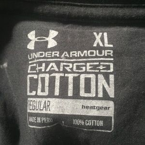 Under Armour Shirts - Under Armour graphic T-Shirt. Size XL